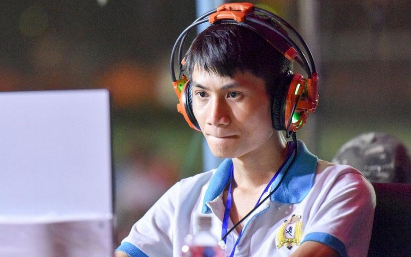 """Hồng Anh: Đừng để phong độ của mình như quả """"bong bóng"""""""