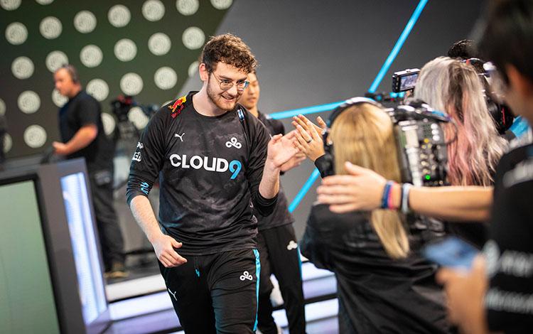 Toàn thắng 10 trận đầu mùa, Cloud9 được cho là