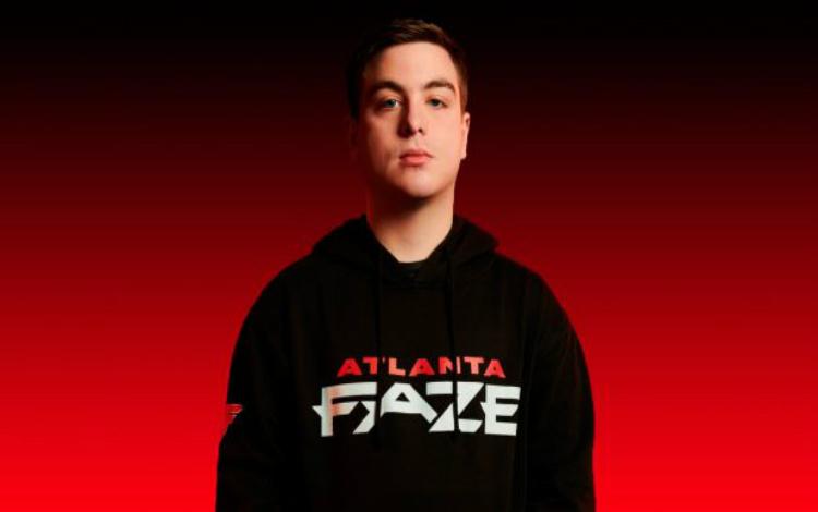 Simp - siêu sao của Atlanta FaZe lý giải tại sao mình vẫn chưa đứng trên đỉnh của Call of Duty