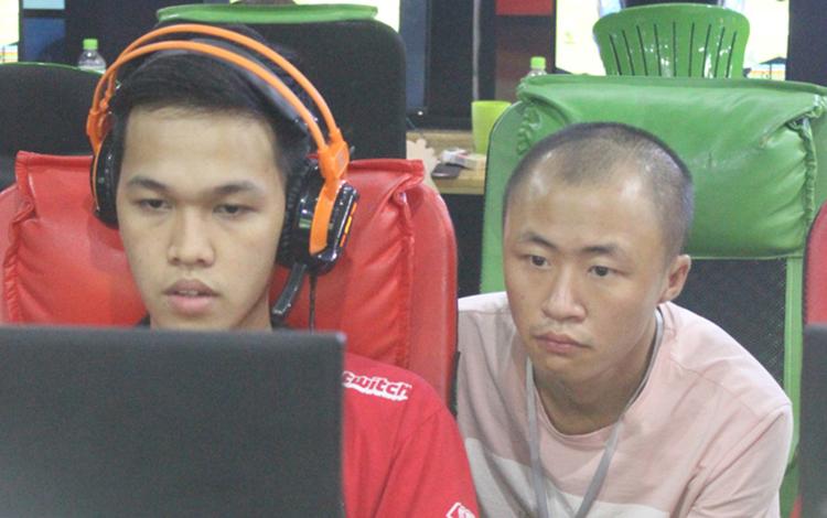 Bản tin AoE ngày 05/03: Vừa trở lại Chim Sẻ Đi Nắng lập tức gặp kèo khó