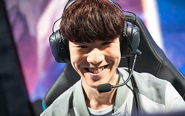 """TF Blade: """"Chẳng có người Hàn Quốc nào gây đủ ấn tượng khiến tôi phải ngưỡng mộ"""""""