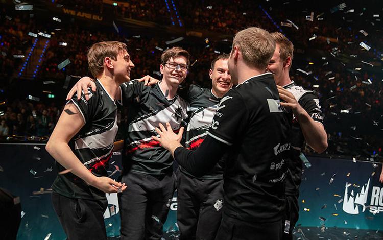 Sốc: Đương kim vô địch LEC thua luôn ở trận Playoff đầu tiên của giải đấu