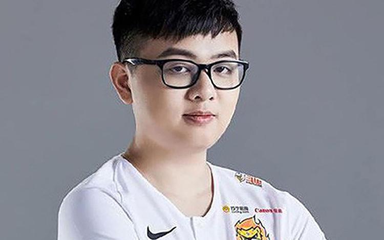 Leo hạng thần sầu, SofM lọt vào top 10 thách đấu Hàn Quốc