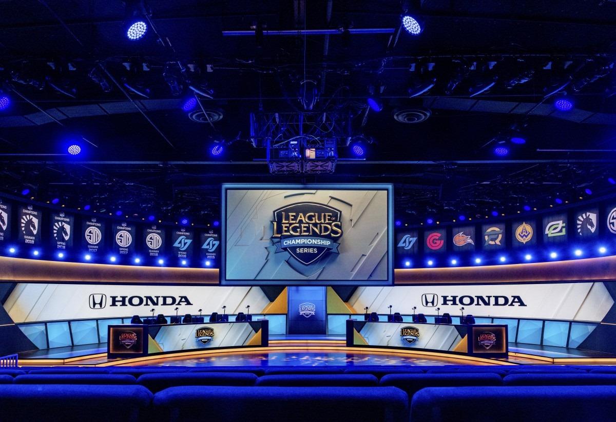 [LMHT - LCS] Hãng xe hàng đầu thế giới Honda trở thành nhà tài trợ chính thức của LCS
