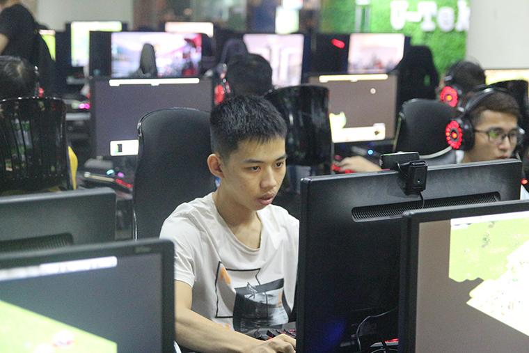 Bản tin ngày 06/09:U98 gặp gỡ Shenlong trong đấu trường Solo Random