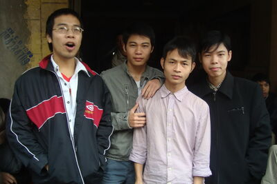 Team Chùy Lông