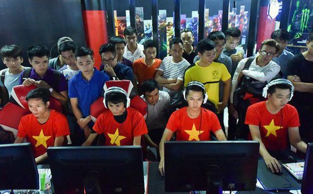 Chim Sẻ Đi Nắng, Hồng Anh, HeHe, VaneLove,.. những cái bóng quá lớn trong cộng đồng AoE Việt