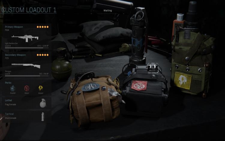 PKM LMG và 725 Shotgun: