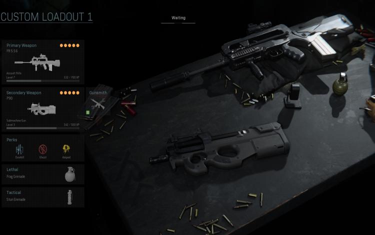 Súng trường FR 5.56 và súng tiểu liên P90