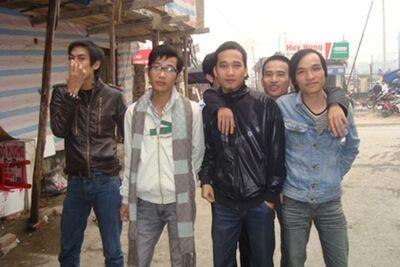 Long Thieu Gia (Khát Máu) cùng team Song Long