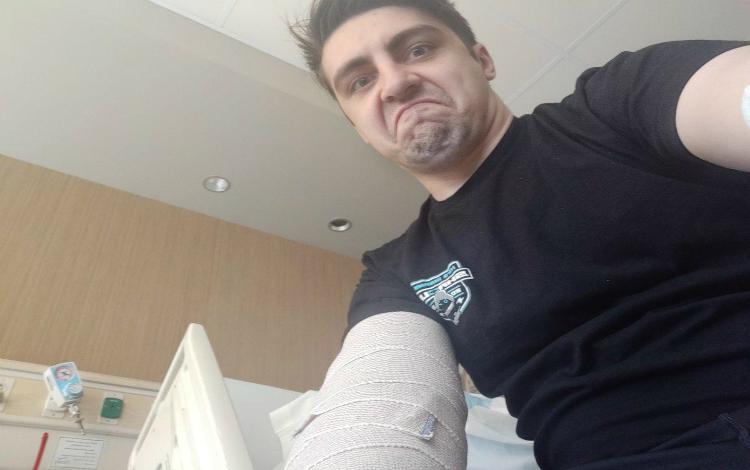 shroud chia sẻ hình ảnh sau phẫu thuật của mình