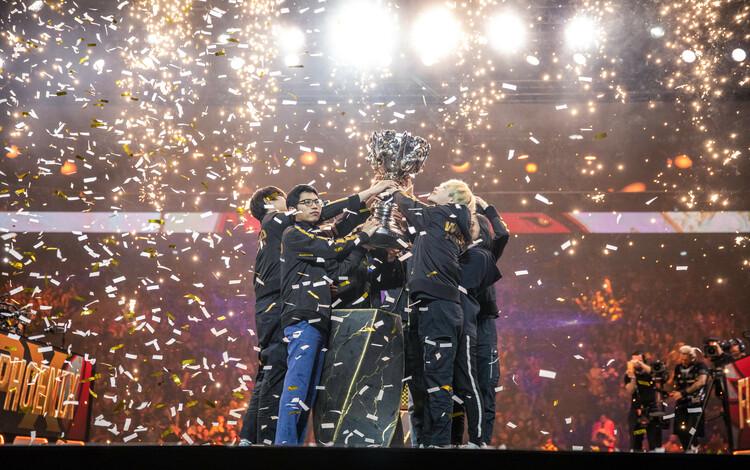 Bình chọn All-Star 2019: Đương kim vô địch FPX áp đảo khu vực LPL