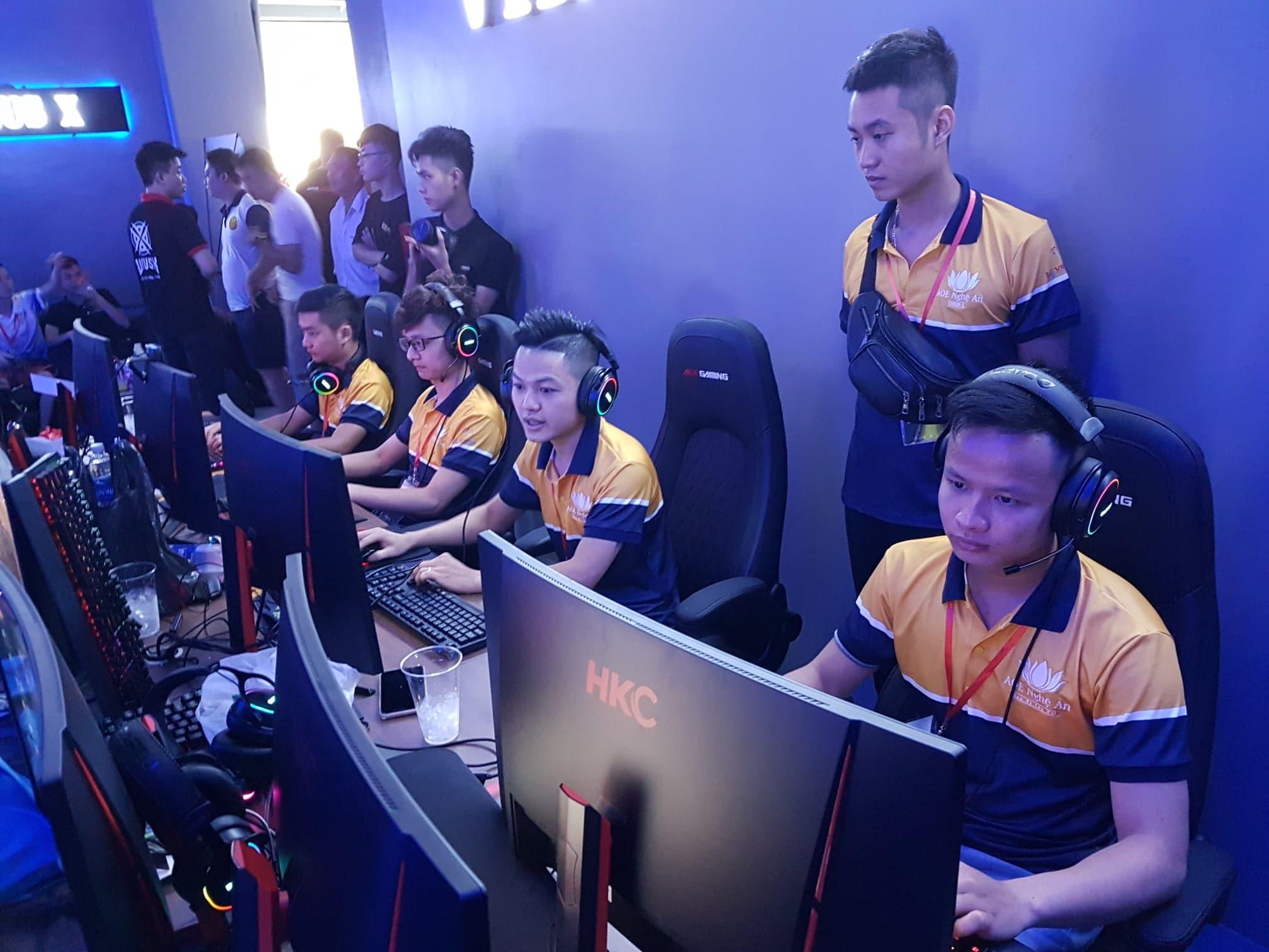AoE Nghệ An có một mùa giải không thành công dù được thi đấu ngay tại quê hương