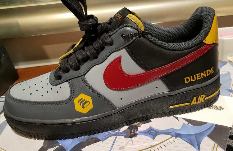 sneaker-tft