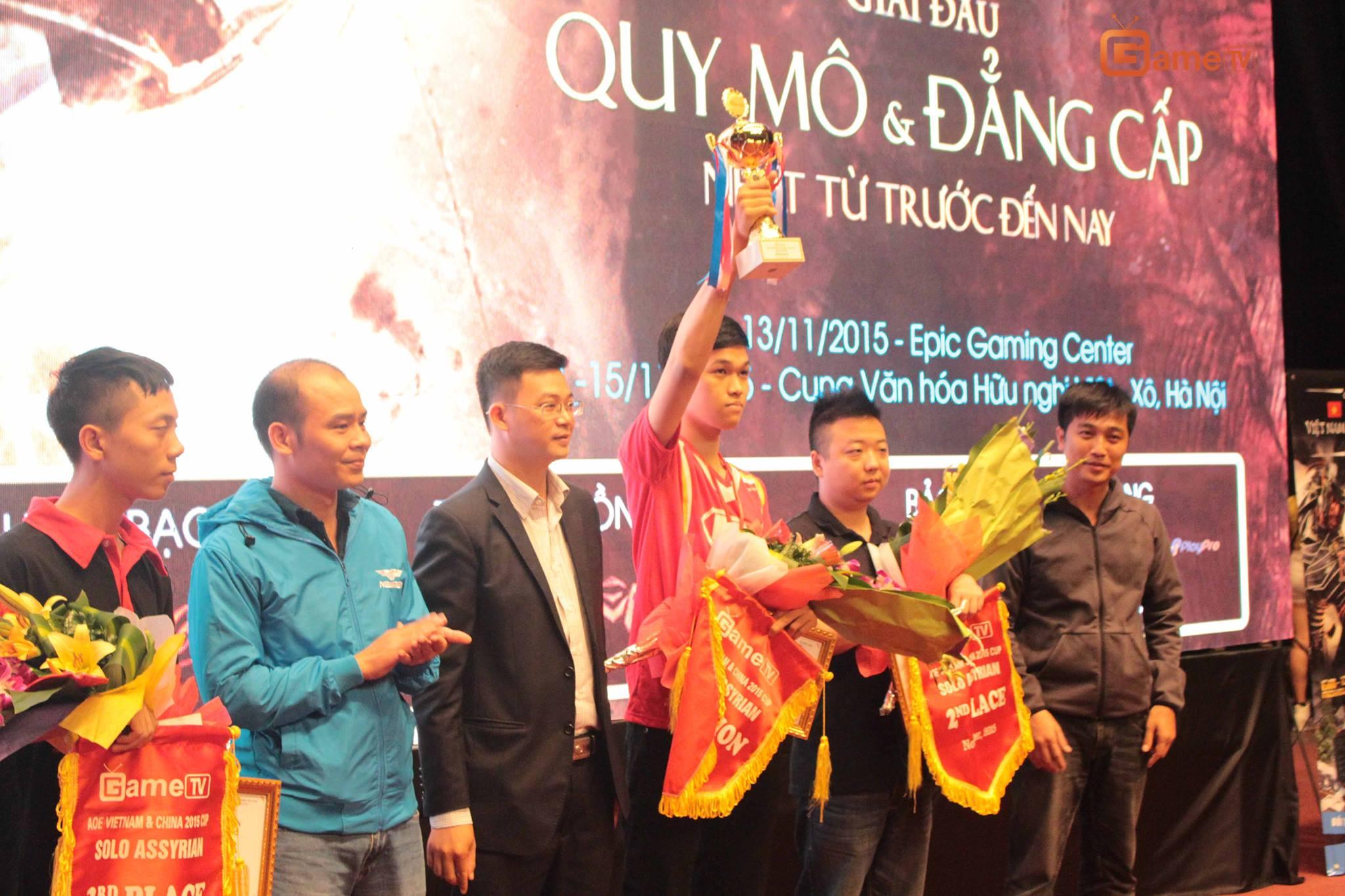 AoE Việt - Trung 2015: 1 mùa giải thành công của Chim Sẻ Đi Nắng và GameTV