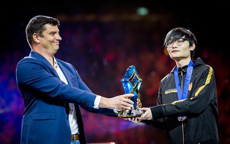 FPX Tian giành danh hiệu MVP của trận chung kết CKTG 2019