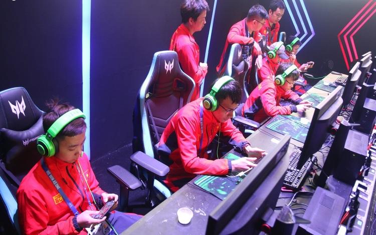 Đội tuyển Mobile Legends: Bang Bang Việt Nam dừng bước đáng tiếc tại Bán Kết