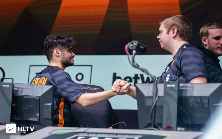 Fnatic đè bẹp Liquid trong trận Bán kết ESL Pro League Season 10 Final