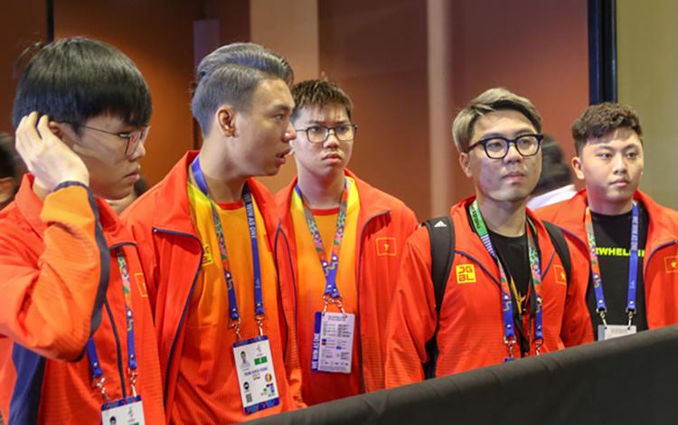 Sau khi giành HCĐ ở SEA Games 30, Mocha ZD Esports từ chối tham dự ESL Vietnam Championship