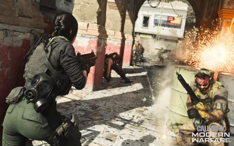 """Streamer Modern Warfare bất lực khi gặp phải """"siêu nhân"""" độn thổ"""