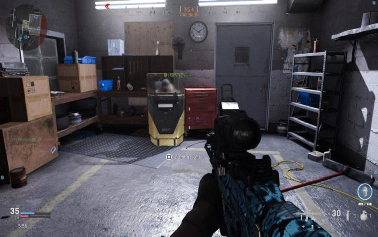 Streamer LIRIK xử lí đầy tự tin bằng vũ khí bị nhiều người coi thường trong Modern Warfare