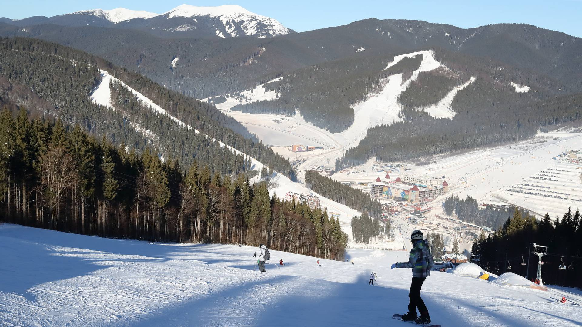 """bukovel ski resort - Kuku nói về Bukovel: """"Mặc đủ mọi loại áo nhưng vẫn rét run cầm cập ông à"""""""