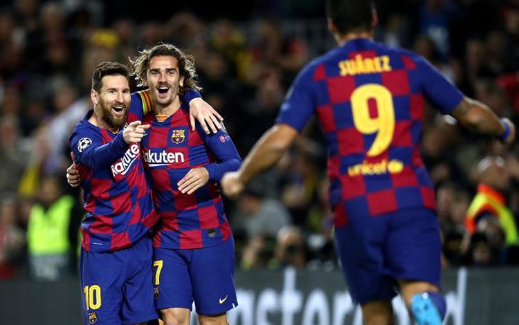 Đồng đội của Messi ở Barca thành lập đội tuyển LMHT siêu khủng