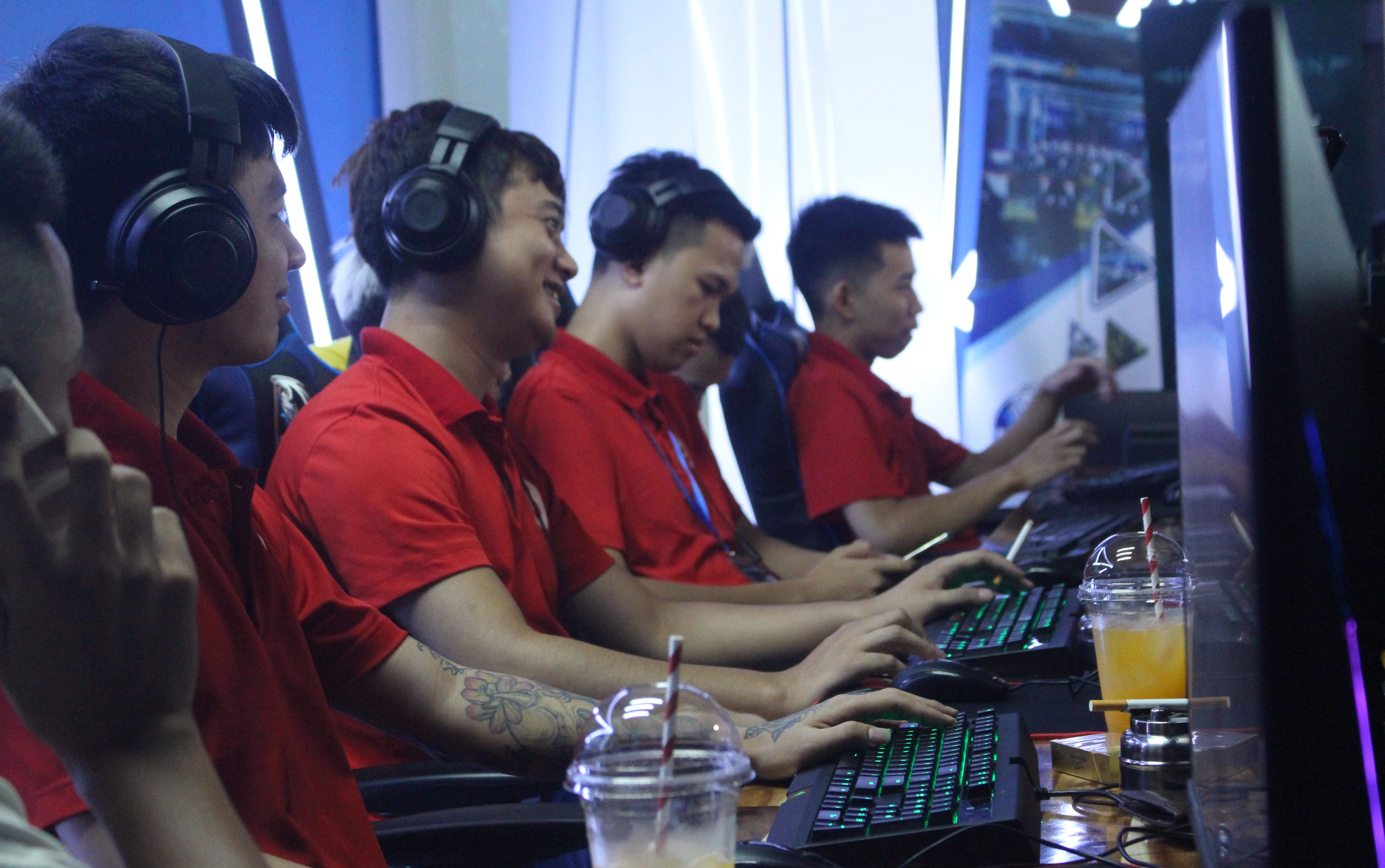 Những clan AoE chuyên nghiệp tại Việt Nam có thành tích tốt nhất năm 2019