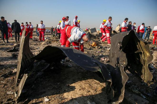 ukraine airplane drop - Buổi lễ khai mạc của Bukovel Minor bị hủy bỏ bởi quốc tang tại Ukraine