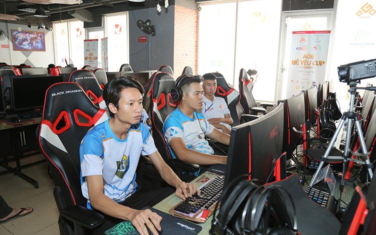 Bản tin AoE ngày 16/08: Có hay không nên tổ chức một giải đấu cho các huyền thoại