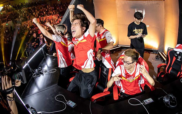 Team Flash thắng liên tục dù không sử dụng 100% công lực, phải chăng ĐTDV Mùa Đông 2020 đã tìm được nhà vô địch?