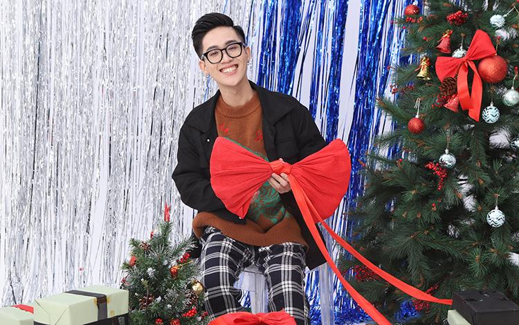 Hà Tiều Phu, Hảo Thỏ và các hot streamer lên đồ rực rỡ ngày Noel