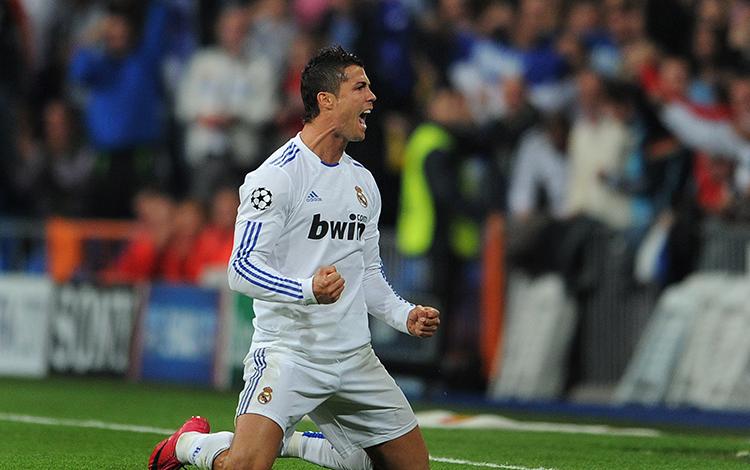 Cristian Ronaldo bất ngờ xuất hiện tại Hà Nội và Tp.HCM, fan Free Fire phát cuồng