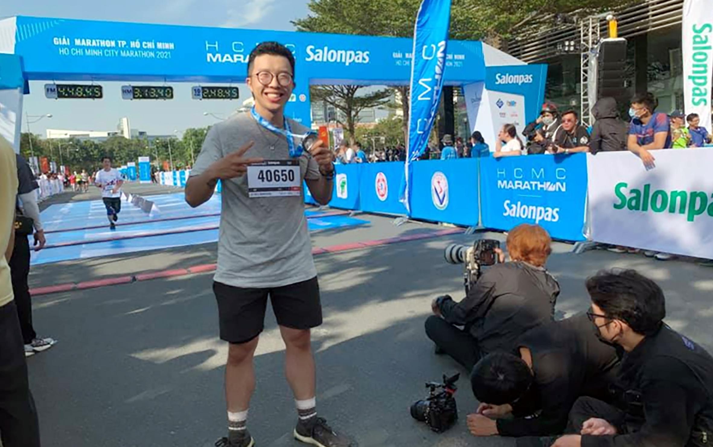 Vượt qua đường chạy dài nhất của bộ môn marathon, game thủ 'khỏe nhất' Việt Nam khoe thành tích lên trang cá nhân