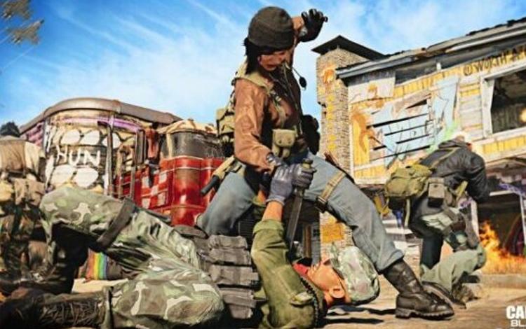 Vượt ngục thành công nhưng lại bị cảnh sát tóm cổ khi đang đi mua… Call of Duty