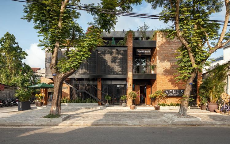 Cùng chiêm ngưỡng quán net đẹp lung linh như Resort cao cấp tại Huế