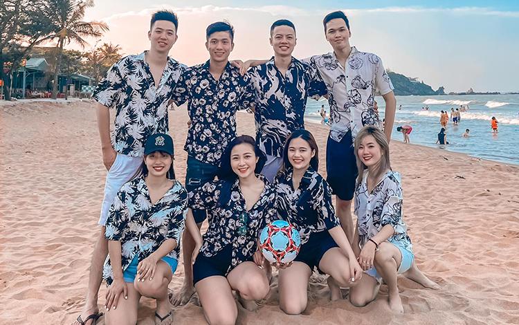 Bản Tin AoE ngày 07/05: Phan Văn Đức cách ly cùng đội bóng, Chim Sẻ Đi Nắng lỡ hẹn với BiBi?