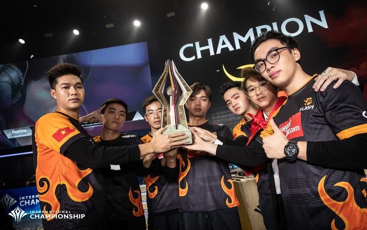 Một tuyển thủ của Team Flash bất ngờ lọt top 5 tuyển thủ có sát thương lớn nhất vòng bảng AWC 2021