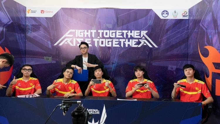 Ba đại diện Việt Nam sáng cửa đi sâu tại AWC 2021
