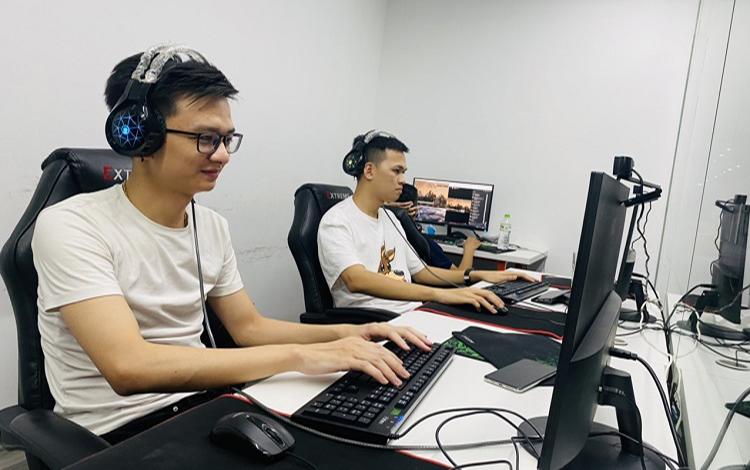 AOE Tournament 2vs2 Vietnam - China 2021: Hồng Anh gọi nhưng Chim Sẻ Đi Nắng không trả lời