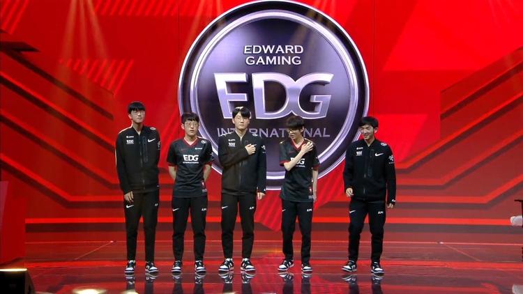 """Giới thiệu các đội tuyển tại CKTG 2021 #3: EDward Gaming: Thời điểm tuyệt vời nhất để thoát khỏi mác """"TSM Trung Quốc"""""""