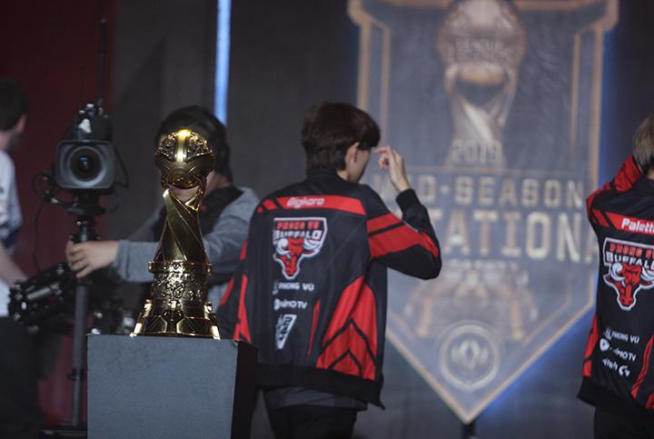 [LMHT] Phong Vũ Buffalo giành chiến thắng thứ hai trước G2 Esports