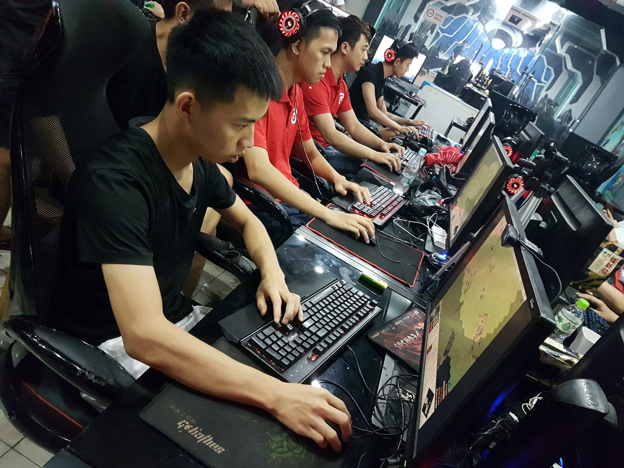 [AoE] Team AoE GameTV lên ngôi vô địch nội dung 4vs4 Random, giải đấu AoE Esport Day
