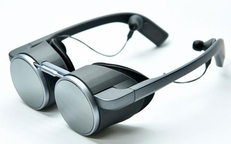 Panasonic giới thiệu chiếc kính VR UltraHD đầu tiên trên thế giới