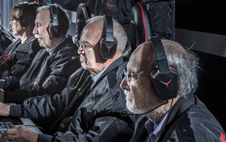 Trò chơi điện tử ngày càng phổ biến tới thế hệ người già
